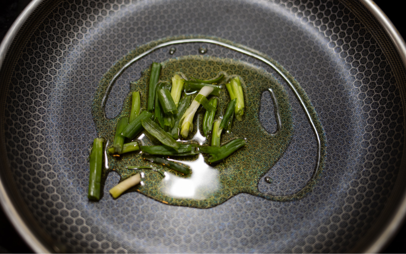 Can Non-Stick Pans Be Re-Coated?